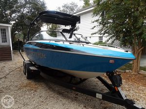 Used Malibu Wakesetter 21.5 VLX Ski and Wakeboard Boat For Sale