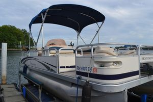 Used Bennington 2277 FSI Pontoon Boat For Sale