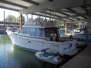 Used Bayliner 3270 Convertible Fishing Boat For Sale
