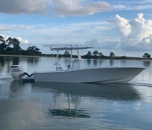 Used Conch 2727 Center Console Fishing Boat For Sale