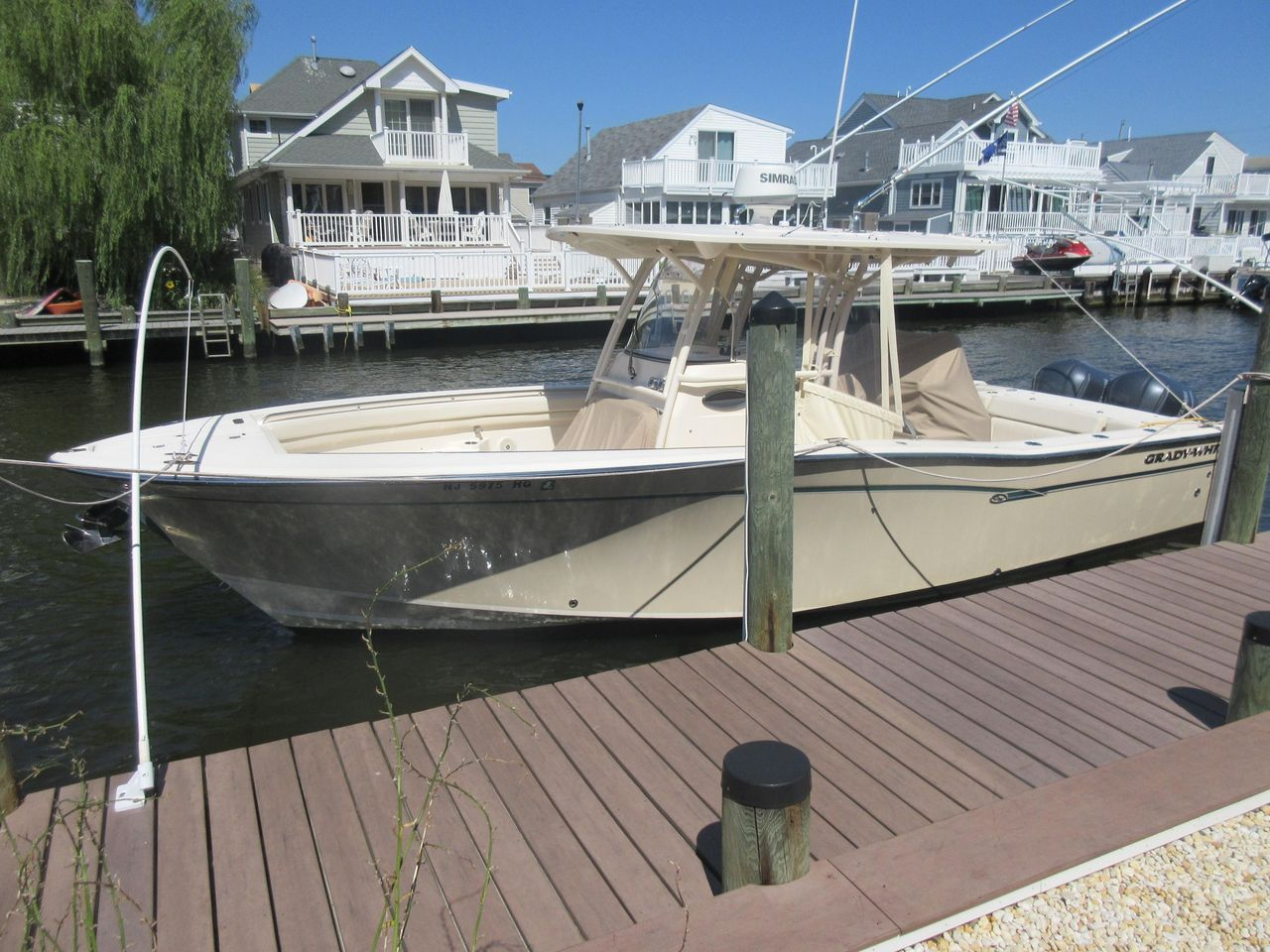 2016 Used Grady-White Canyon 306 Center Console Fishing Boat