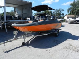 New Bayliner Element 160 OrangeElement 160 Orange Deck Boat For Sale