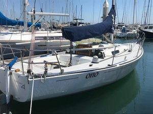 Used J Boats J-29 Daysailer Sailboat For Sale