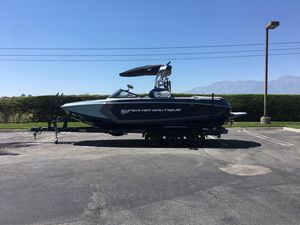 New Nautique Super Air Nautique G25Super Air Nautique G25 Ski and Wakeboard Boat For Sale
