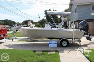 Used Sportsman 18 Island Bay Center Console Fishing Boat For Sale