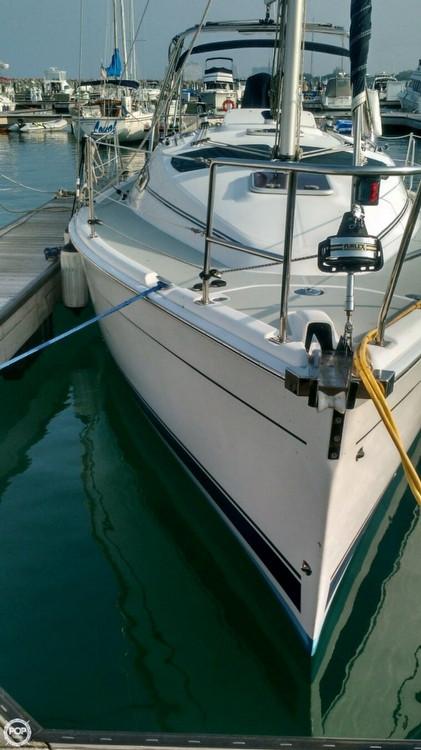 Used Hunter 33 Daysailer Sailboat For Sale