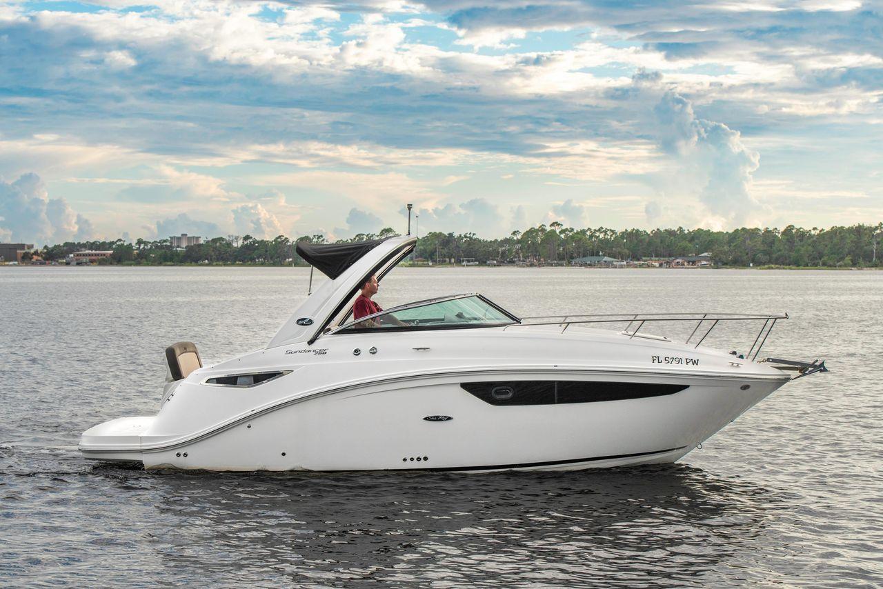 2014 Used Sea Ray Sundancer 260 Cruiser Boat For Sale