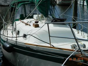 Used Bayfield 32C Cruiser Sailboat For Sale