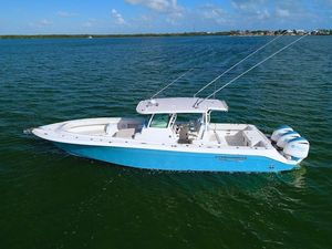 Used Hydra-Sports 3900 Speciale3900 Speciale Center Console Fishing Boat For Sale