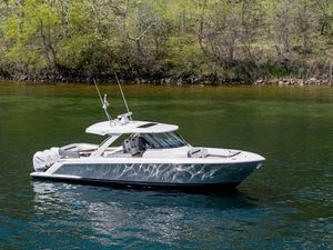 New Tiara Sport 38LS Center Console Fishing Boat For Sale