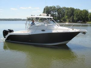 Used Pro-Line 28 Express Cruiser Boat For Sale