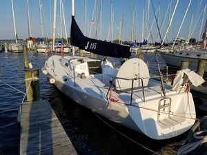 Used J Boats 105 Cruiser Sailboat For Sale