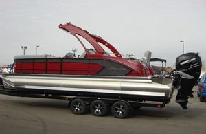 Used Manitou Legacy 25 SRS Pontoon Boat For Sale