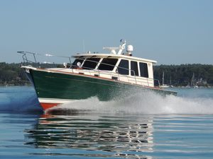 Used Sabre 42 Sedan Motor Yacht For Sale