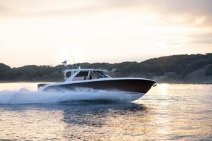 New Tiara Sport 43LS Motor Yacht For Sale