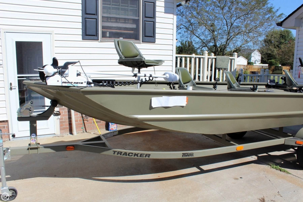 2014 used tracker 1754 grizzly aluminum fishing boat for for Used aluminum fishing boats