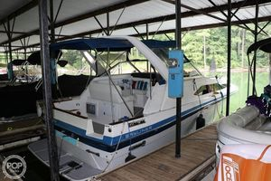 Used Bayliner 2850 Ciera Contessa Express Cruiser Boat For Sale