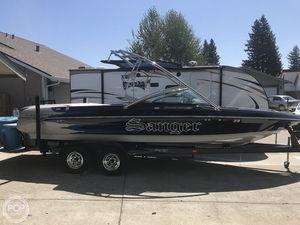 Used Sanger V237 Ski and Wakeboard Boat For Sale