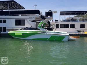 Used Centurion Ri237 Ski and Wakeboard Boat For Sale