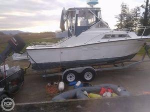 Used Uniflite 23 Cruiser Walkaround Fishing Boat For Sale