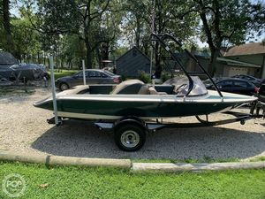 Used Gekko GTS20 Ski and Wakeboard Boat For Sale