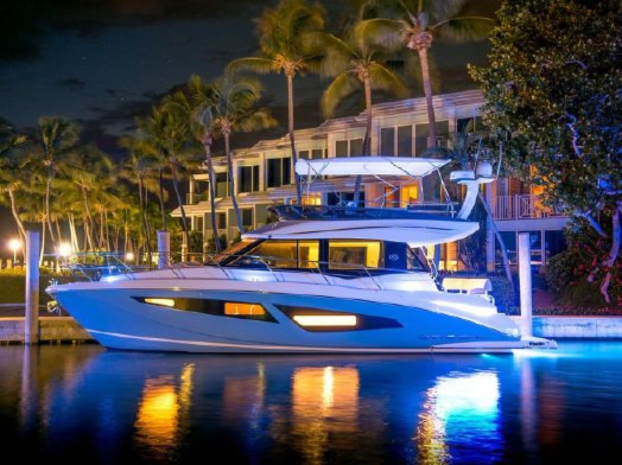 2018 Used Regal 42 Fly Motor Yacht For Sale - $625,000