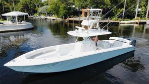 Used Bahama SeaKeeper Gyro equipped Sports Fishing Boat For Sale
