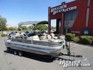 Used Sun Tracker Fishin' Barge 22 XP3Fishin' Barge 22 XP3 Pontoon Boat For Sale