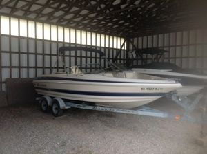 Used Larson LXI 210LXI 210 Sports Fishing Boat For Sale