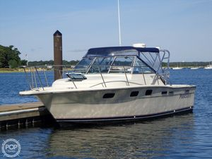 Used Tiara Pursuit 2700 Express Cruiser Boat For Sale