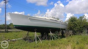 Used Beneteau 44 CC Sloop Sailboat For Sale
