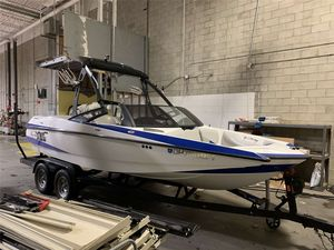 Used Axis A20A20 Ski and Wakeboard Boat For Sale