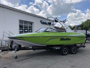 Used Malibu 21 VLX21 VLX Ski and Wakeboard Boat For Sale