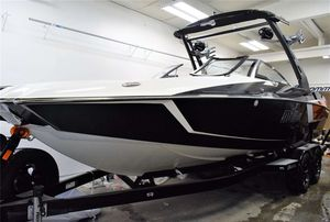 Used Malibu 24 MXZ24 MXZ Ski and Wakeboard Boat For Sale