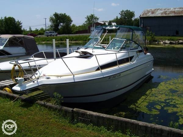 Used Wellcraft 2700 Martinque Express Cruiser Boat For Sale