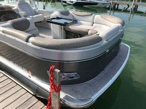 Used Tahoe Cascade Quad Lounger 25Cascade Quad Lounger 25 Pontoon Boat For Sale