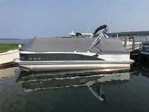 Used Tahoe Cascade Versatile Rear Bench 25Cascade Versatile Rear Bench 25 Pontoon Boat For Sale