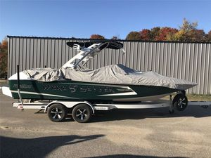 Used Malibu 22 MXZ22 MXZ Ski and Wakeboard Boat For Sale