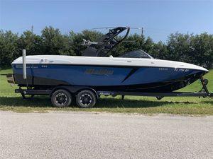 Used Malibu 25 LSV25 LSV Ski and Wakeboard Boat For Sale
