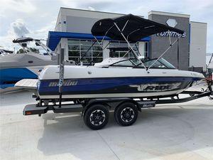Used Malibu V RideV Ride Ski and Wakeboard Boat For Sale