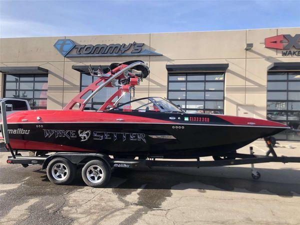 Used Malibu 22 MXZ22 MXZ Ski and Wakeboard Boat For Sale