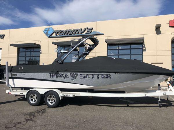 Used Malibu LSVLSV Ski and Wakeboard Boat For Sale