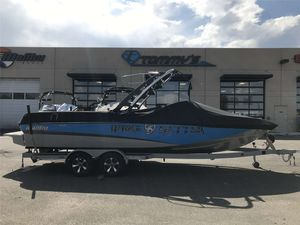 Used Malibu 247 LSV247 LSV Ski and Wakeboard Boat For Sale