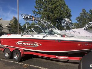 Used Moomba Outback VOutback V Ski and Wakeboard Boat For Sale