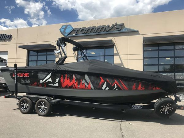 Used Heyday WT-SurfWT-Surf Ski and Wakeboard Boat For Sale