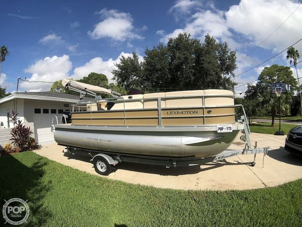 Used Lexington 319 Series Pontoon Boat For Sale