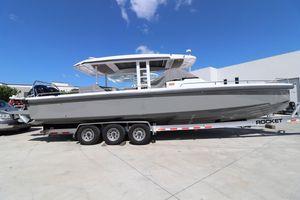 Used Axopar 37 Sun Top37 Sun Top Center Console Fishing Boat For Sale