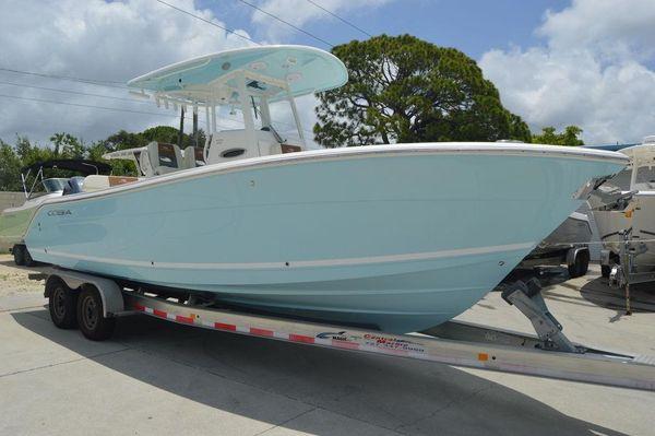 New Cobia 261CC261CC Center Console Fishing Boat For Sale