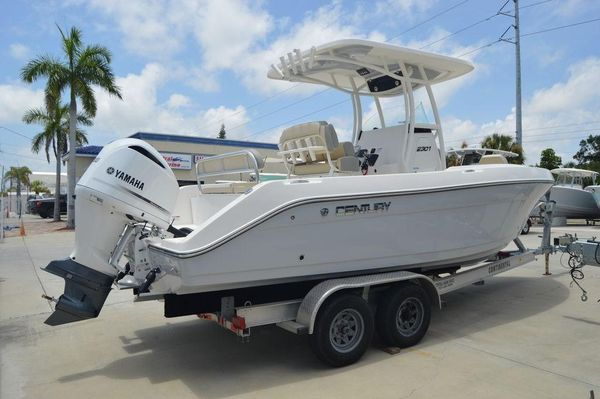 New Century 2301 CC2301 CC Center Console Fishing Boat For Sale