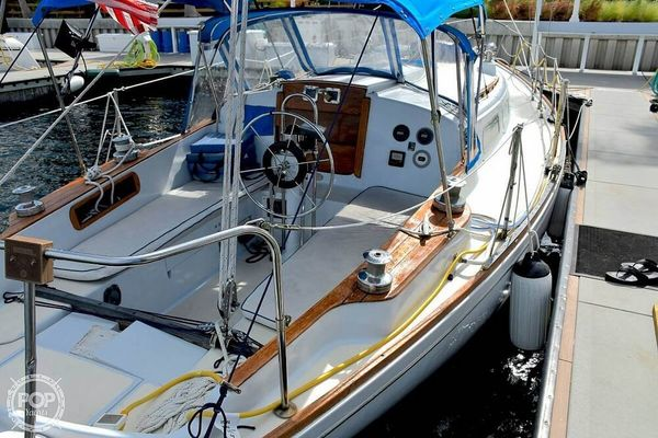 Used Pearson 39 Racer and Cruiser Sailboat For Sale